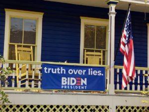 US eleciton 2020 campaign signs